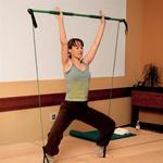 Ura pilatesa z glasbo: pilates vitka s pomočjo gymsticka. Zelo intenziven trening, saj so mišice ves čas vključene v vadbo. (foto: Fotografije: Grega Gulin)