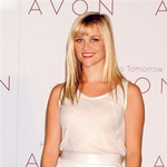 Novi obraz kozmetične hiše Avon je zagotovo postala tudi zaradi nalezljivega nasmeška. Kot prva globalna ambasadorka bo opozarjala predvsem na problematiko raka na dojki in nasilja v družini.  (foto: Fotografija Gilles Bensimon)