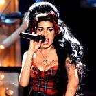 Amy Winehouse na Armanijevi zabavi?