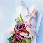 Mini hobotnice z janežem. (foto: Fotografija Mickaël Roulier)