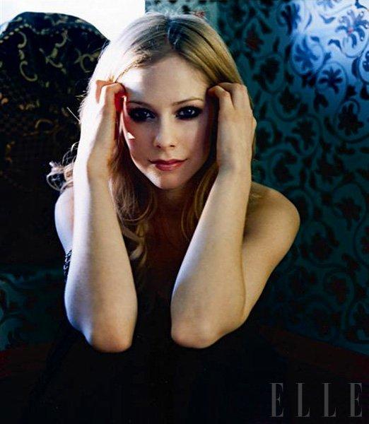 Avril Lavigne z lastno dišavo - Foto: Fotografija Clif Watts