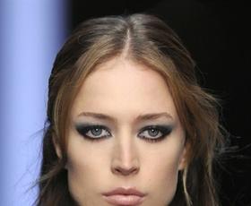 Model: Raquel Zimmermann