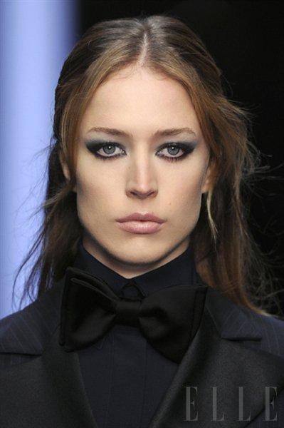 Model: Raquel Zimmermann - Foto: Fotografija Imaxtree