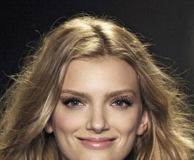 Model: Lily Donaldson