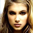 Model: Allegra Carpenter