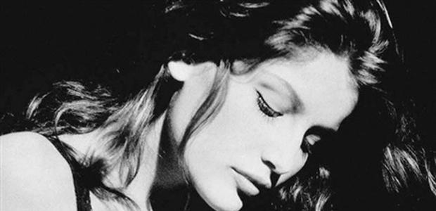 Model: Laetitia Casta