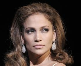 Dišeče: J.Lo, Lacroix, MaxMara, Bruno Banani, Calvin Klein