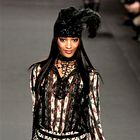 Na kratko: Jourdan, Marchesa, Olivier, Common, Versace