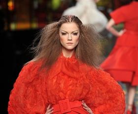 Na kratko: teden visoke mode v Parizu, Marc, D&G, Wang
