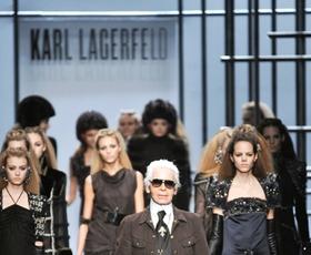 Karl Lagerfeld ostro komentira odločitev revije Brigitte