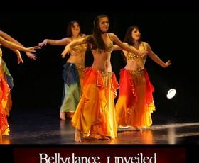 Orientalski ples na odru