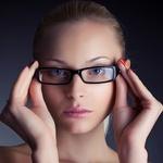 Ženske z očali ... (foto: Fotografija Shutterstock)