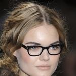 Ženske z očali ... (foto: Fotografija Imaxtree)