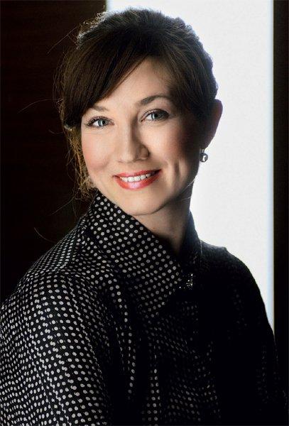 Zapravljivka: Sabina Zrnec Kogovšek, igralka - Foto: Fotografija arhiv Elle, Fotografija Primož Predalič