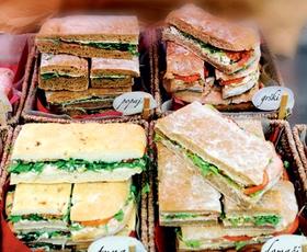 En sendvič za na pot, prosim.