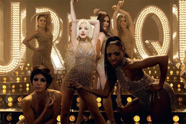 Cher in Christina Aguilera: Burlesque 2010 - Foto: Fotografija promocijsko gradivo