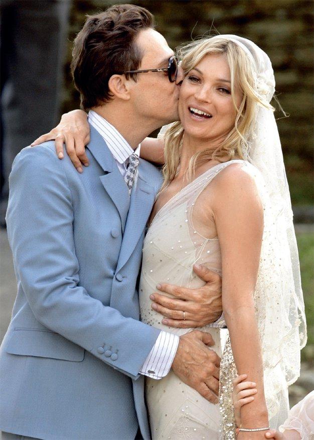 Kate Moss - jo bo zakonsko življenje umirilo? - Foto: Lea