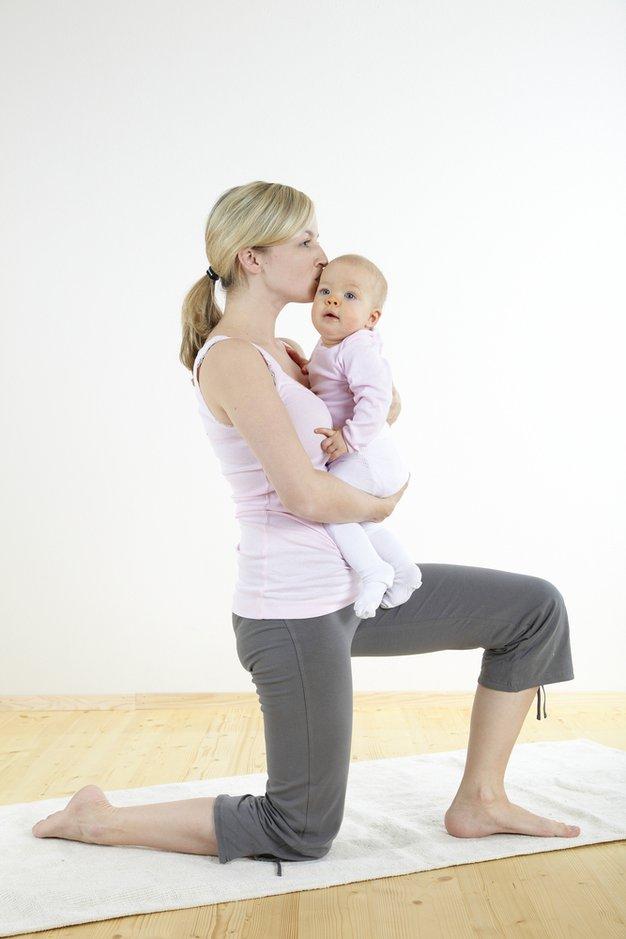 Joga za mamice z dojenčki