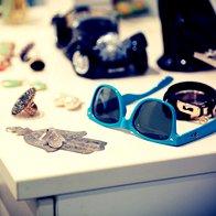 Kosi nakita v družbi pozabljenih bratovih očal. (foto: Matevž Paternoster)