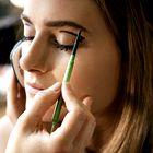 Nasvet za ličenje: Uporabljajte črtalo za oči