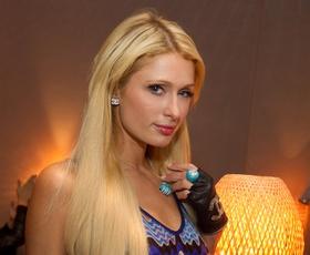 Paris Hilton obiskala Ljubljano, bolj točno Red (X-mas) Party v Stožicah
