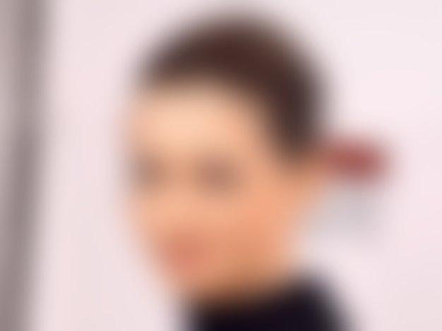 Anne Hathaway in Adam Shulman določila datum