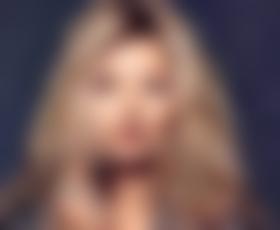 Kate Moss še vedno divja žurerka