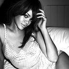 Rihanna za Armani, pomlad-poletje 2012