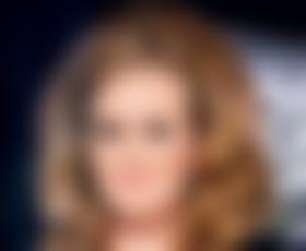 Adele je zaljubljena :)