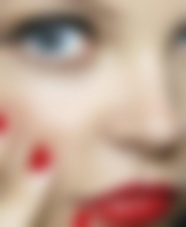 Vsa klasika o večni zapeljivki - rdeči šminki