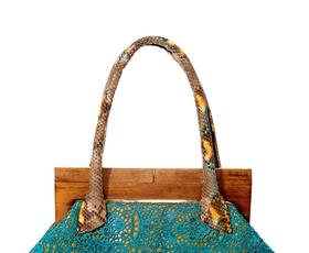V službi njenega veličanstva - torbice