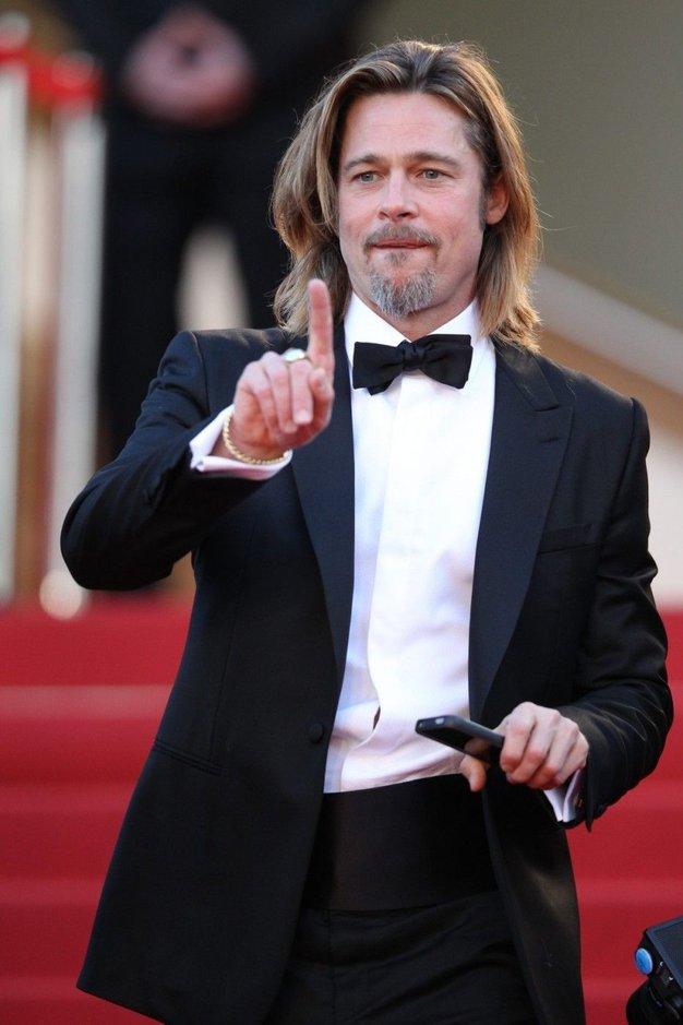 Kmalu: Brad Pitt za Chanel No. 5