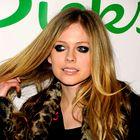 Avril Lavigne zaročena! Srečnež je ...