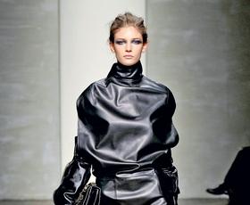 Foto: Moč obleke - naravnost z modnih brvi