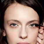 Skrivnosti lepotnih strokovnjakov: LIČENJE (foto: Imaxtree, Shutterstock.com)