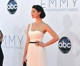 Foto: Lepotice iz Oglaševalcev na Emmyjih