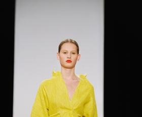 Foto in video: Prva modna revija v ponedeljek