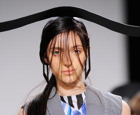 Foto in video: Četrta modna revija v sredo ob 18.30