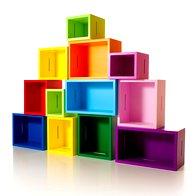 Modularna knjižna omara, ki so jo oblikovali pri Zooform Studiu (foto: Promocijsko gradivo)