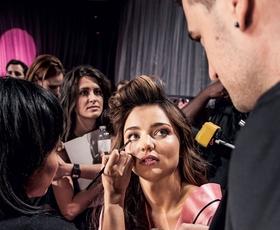 Foto: Za kulisami revije Victoria's Secret 2012