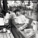 Kavarna in knjigarna - Booksa (foto: DUŠKO VLAOVIĆ, ĐORĐE JELISAVAC, MARE MILIN, ANA BLAŽIĆ PAVLOVIĆ, emina halilović IN PROMOCIJSKO GRADIVO)