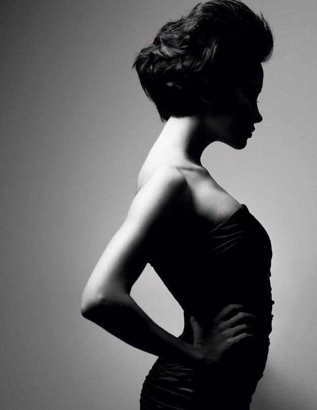 Kult netelesa, ki prinaša neenakopravnost - Foto: Shutterstock.com, Helena Kermelj in Sašo Radej