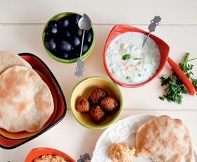 Naj živi falafel!