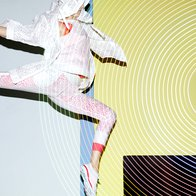 Naelektrene silhuete Stelle McCartney (foto: adidas)