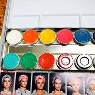 Tudi vizažistka Romina se je tokrat igrala z barvami. (foto: mimi antolović, arhiv elle)