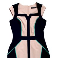 Obleka Dorothy Perkins, 32 € (foto: Tadej Windschnurer, Imaxtree in promocijsko gradivo)