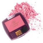 Izbranka meseca: Rdečilo za lica v rožnatem odtenku Constance  Carroll – za videz zdravih lic. (foto: Boris Pretnar, Imaxtree, Shutterstock in promocijsko gradivo)