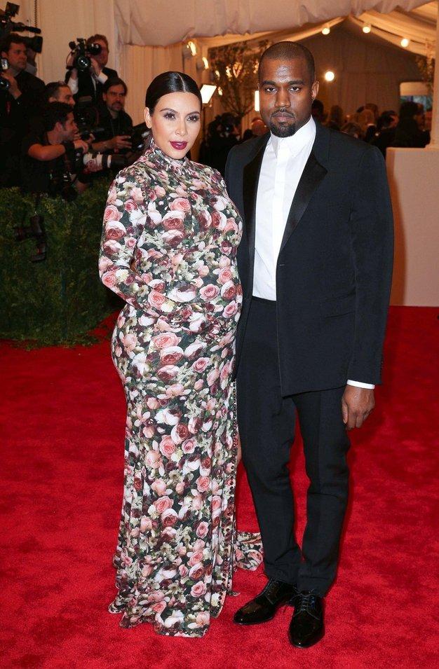 Kim in Kanye sta hčer poimenovala ...