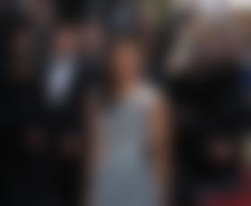 Cannes: Zoe Saldana v Valentinu in Ungaru