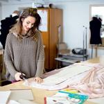 Jessica je za svojo zimsko kolekcijo že pripravila nov material. (foto: Story Press)
